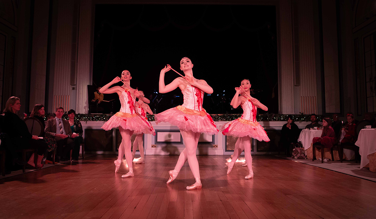 A trio of ballet dancers in the Ballroom at Gleneagles